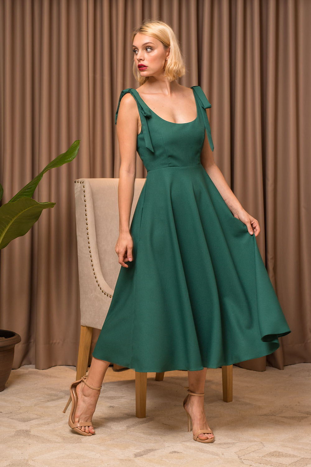a34f82b4e93 ... Dress with Pockets and Bow Tie on Shoulder (Emerald Green Crepe).  first-1000x1500_Zoo_HOL18_L037_012; sec-1000x1500_Zoo_HOL18_L037_010 ...