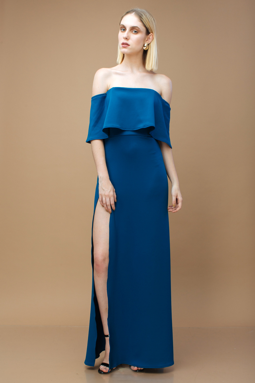 13474d03e94c THE SPECTRUM Two Way Off Shoulder and Flounce Scuba Maxi Dress with High  Slit (Teal)